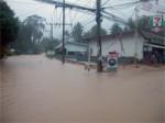 FloodingKohPhanganNov2005-04