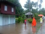 FloodingKohPhanganNov2005-05
