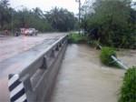 FloodingKohPhanganNov2005-07