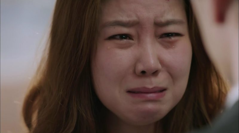 asian-woman-crying