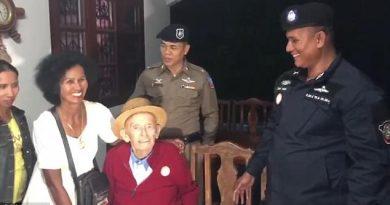 99 year old Swiss man is reunited with Thai wife on Koh Phangan Island