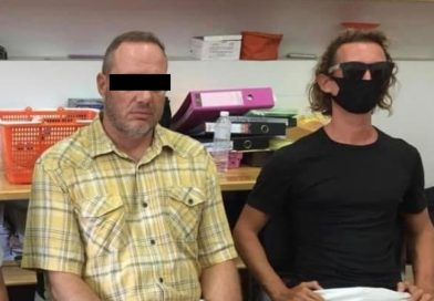 Two foreigners in custody for fun-selfies with marine life off Koh Phangan island