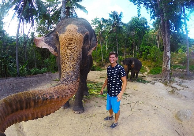 Elephant Selfie - Credit Caters News Agency