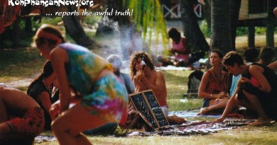 Koh Phangan Paradise 1988/89: A real hippie smoking a chillum at the flea market next to Thommy Resort at Haad Rin beach.