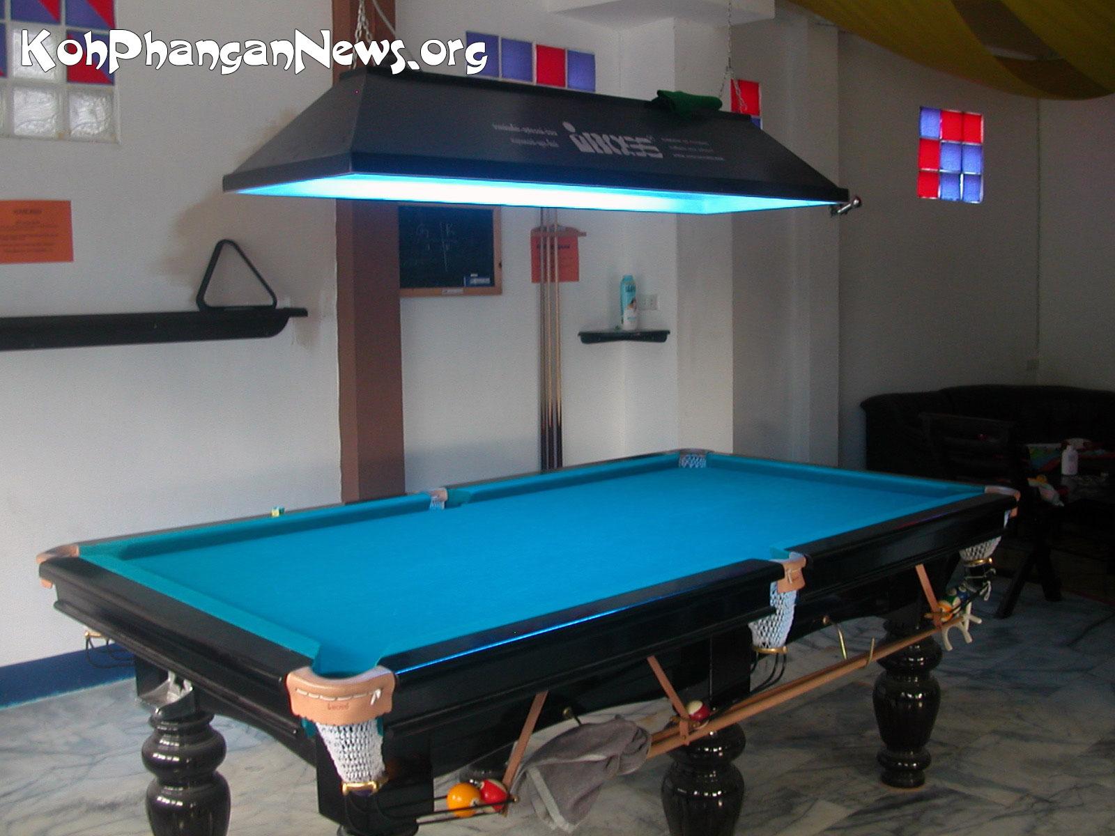 Arrow lady bar in sri thanu village koh phangan island for Table 99 koh samui