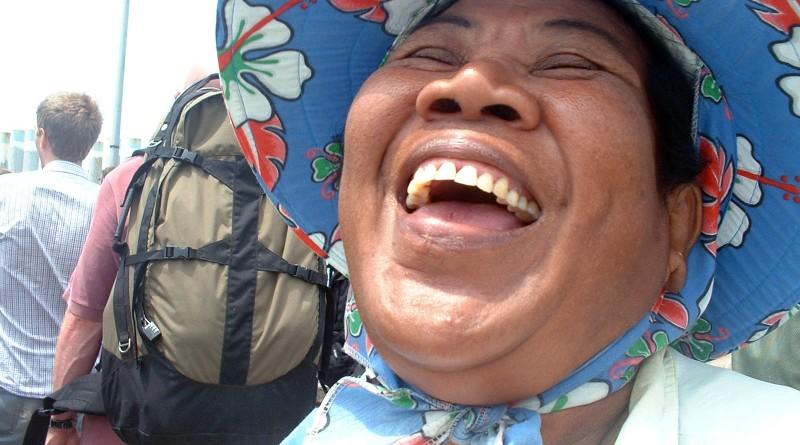 Koh-Phangan-Smile-065002AA
