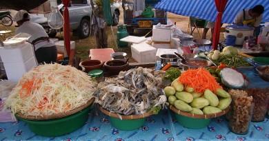 Som-Tam-Papaya-Salad-556528