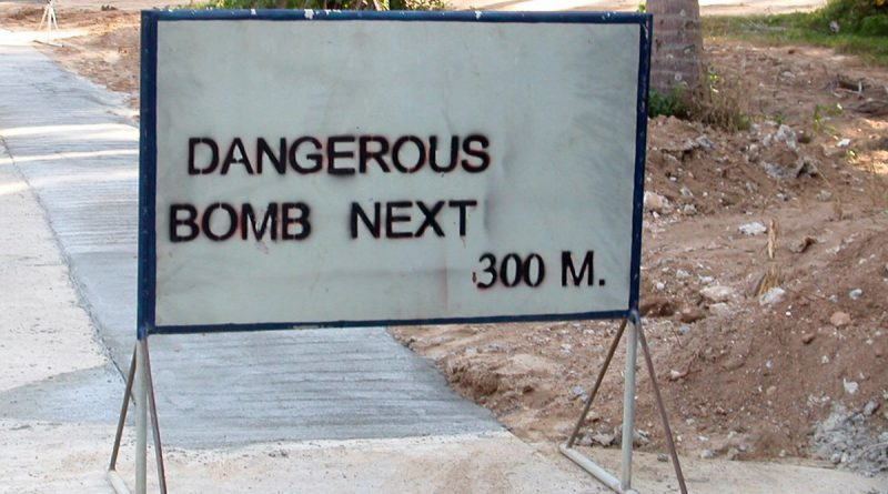 Dangerous-Bomb-Koh-Phangan-17082016-01