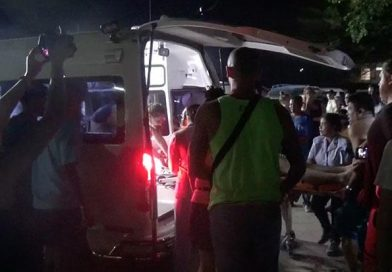 Canadian drowns & tourist injured after swimming during high waves on Koh Phangan Island